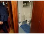 PT180325_103547 Dush och toalett.