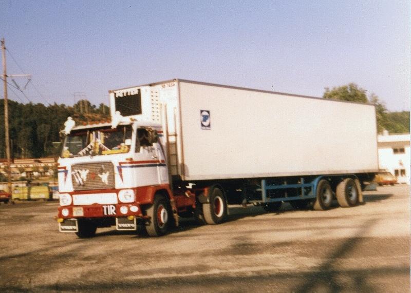 TITANEN 1983 SOM A-TRAKTORUNDER ROBERTS ÄGANDE