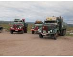 PT_foto: Inte helt fel att på detta sätt hedra äldre lastbilar som lär vara begravda i ask-berget.